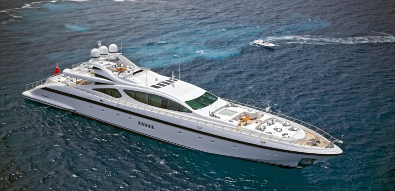 Three vessels finalists at the World Superyacht Awards 2011