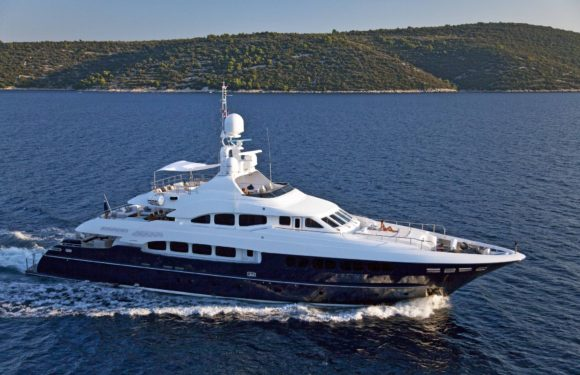 Monaco Yacht Show 2011: Serafima displayed