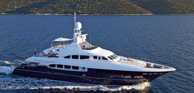 Monaco Yacht Show 2011: Serafima displayed